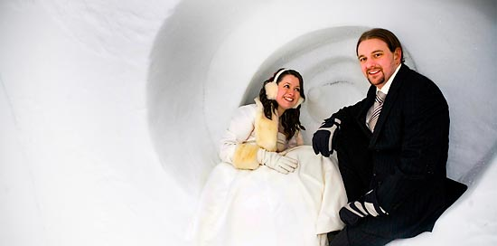Chilly: Bride and groom in a cold ice hotel in Jukkasjarvi, Sweden.