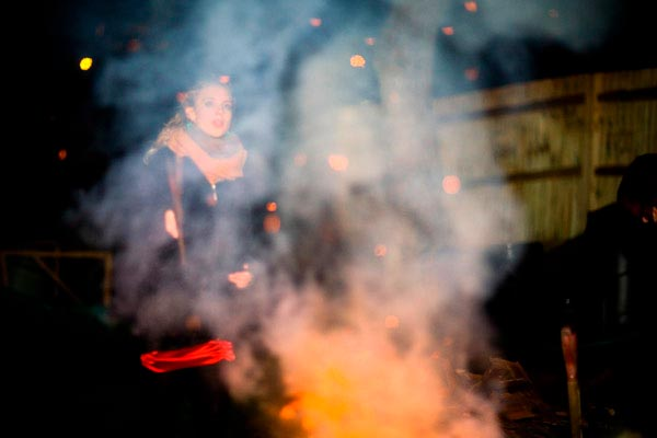 The smoky bonfire