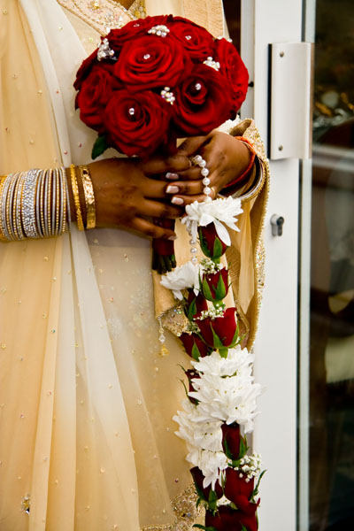 Hindu bride with wedding bouquet