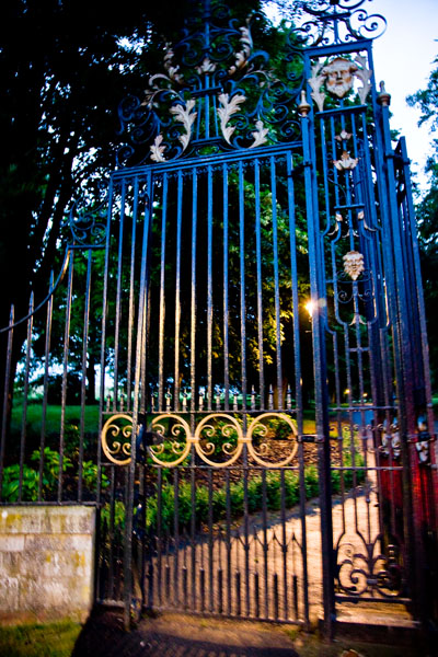 Luton Hoo gates at night