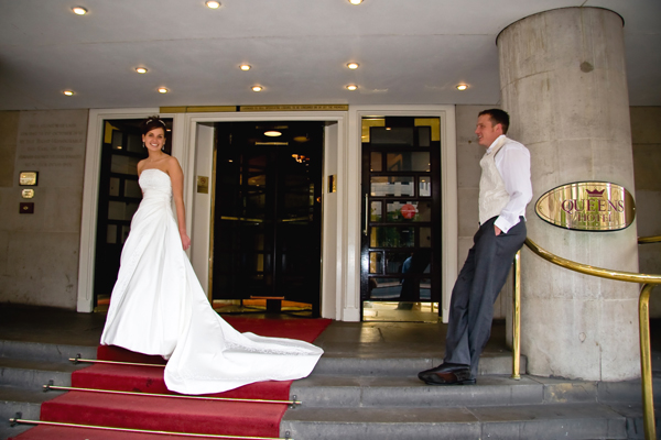 Queens hotel wedding venue in Leeds city centre next to railway station