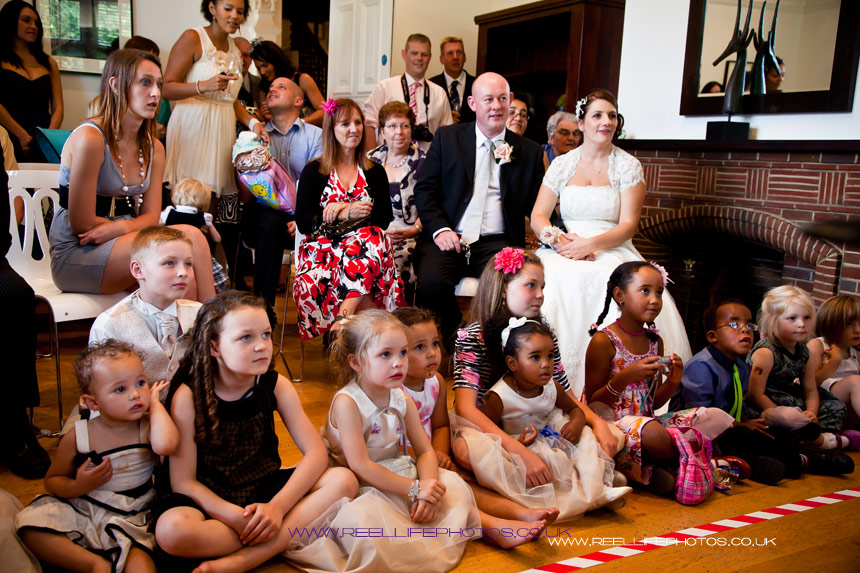 Magician in Leeds enthralled the wedding guests at Woodlands Hotel