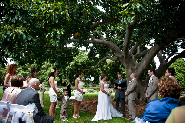 Sydney outdoor wedding under tree in Botanical Gardens