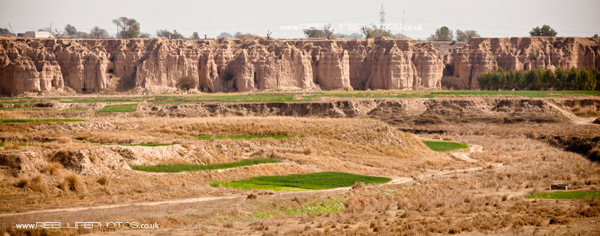 typical dry landscape near Islamabad