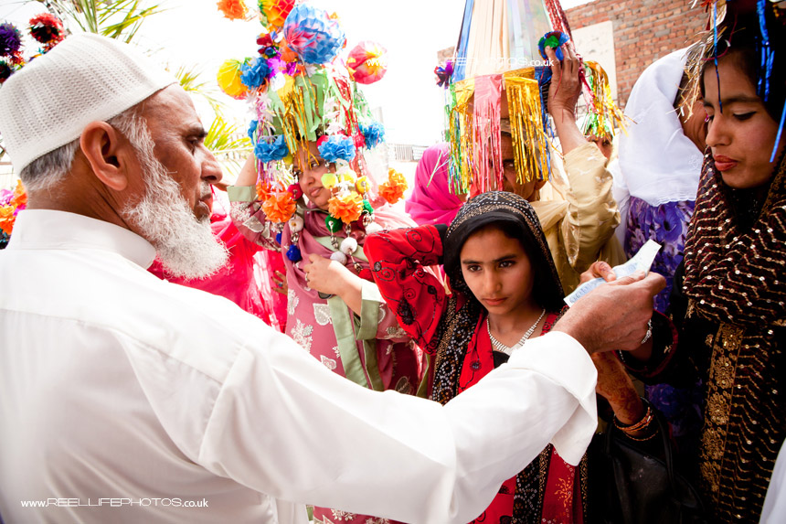Asian wedding photos in Pakistan
