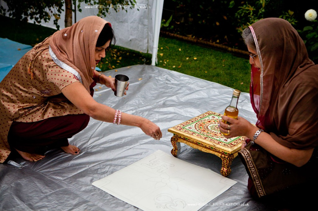 Preparing for a Hindu Mayan wedding ceremony
