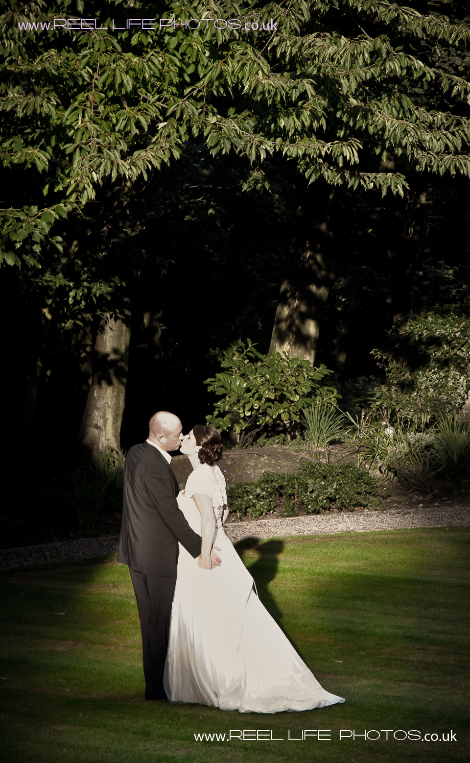 wedding pictures at Woodlands Hotel in Leeds