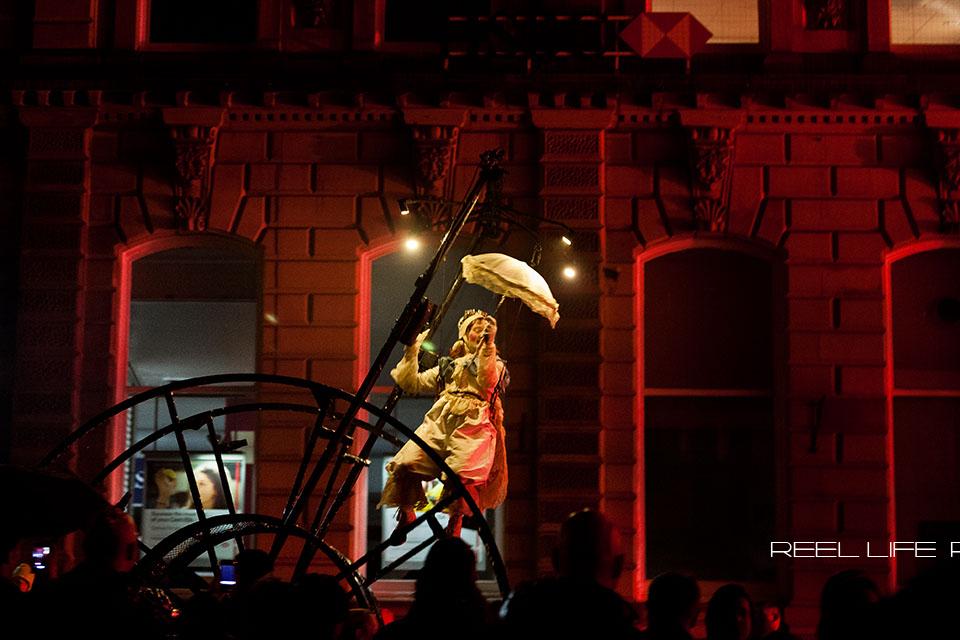 Spirit Dewsbury 2013, free winter steet theatre performance by Theater Titanick
