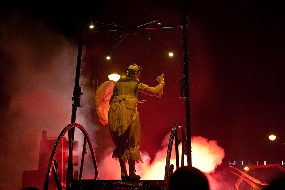 SPIRIT Dewsbury 2013 Titanick Theatre Street performance at night