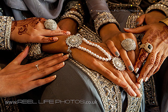 Asian wedding photography with hands and jewellery