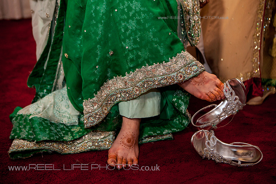 Photo journalistic, reportage, modern Asian wedding photography international