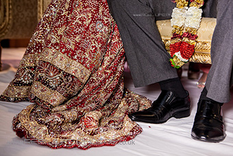 Gorgeous lengha detail in picture by Asian wedding photographer Elaine