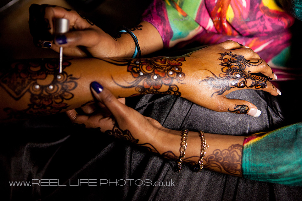 Somali wedding pictures of hands and henna