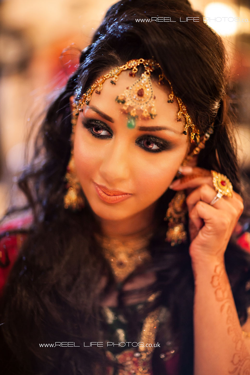 Reellifephotos wedding photography blog archive beautiful asian asian brides wedding portrait in leeds thecheapjerseys Gallery