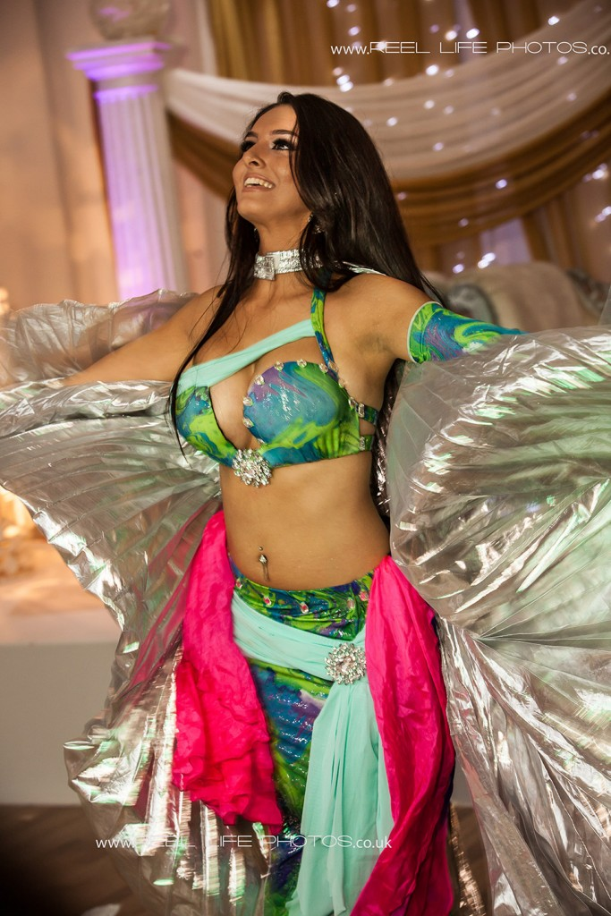 belly dancer performing at a wedding in Manchester