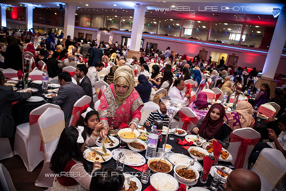 Bengali wedding reception in Leicster for a thousand wedding guests