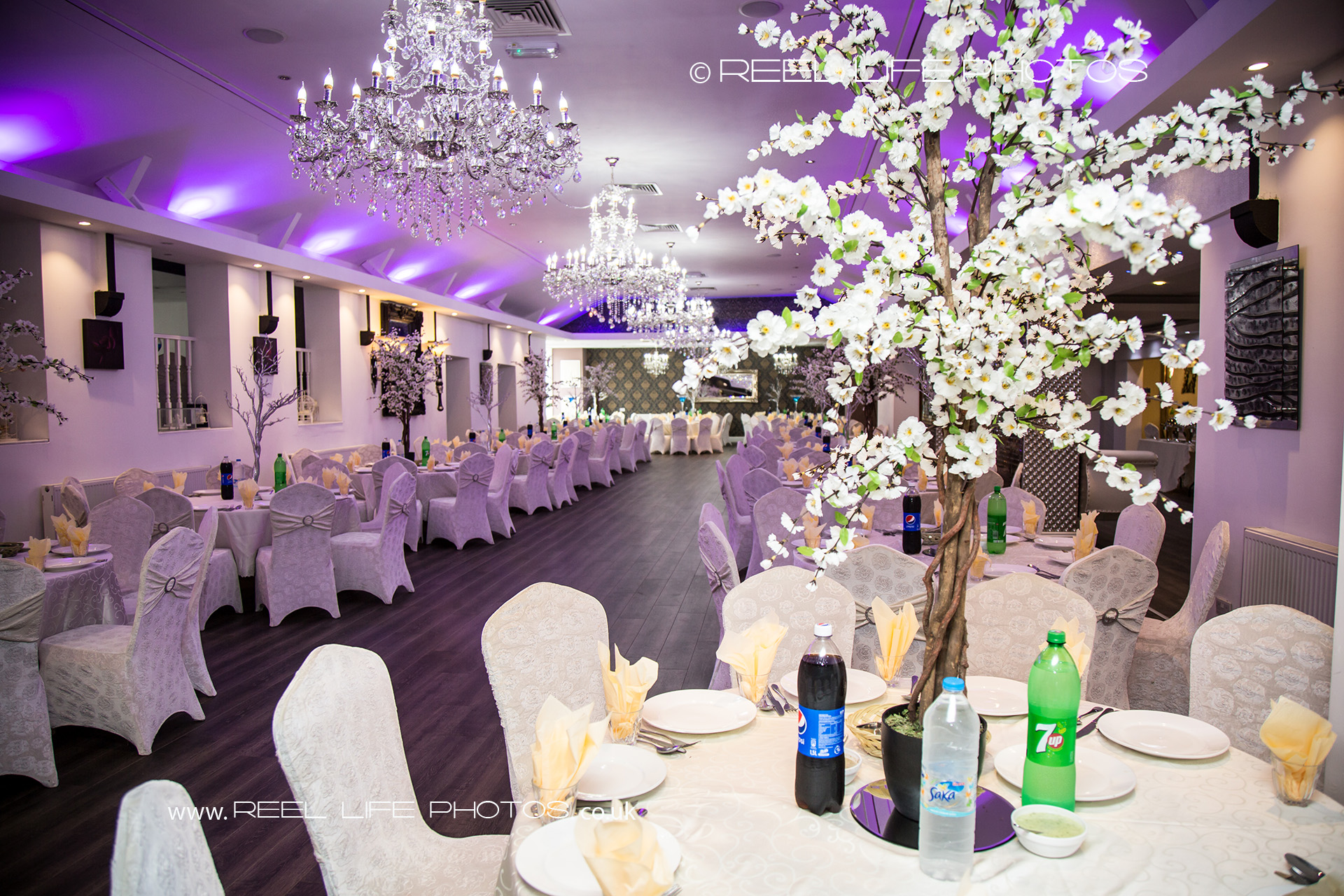 Reellifephotos wedding photography 2016 september pictures of asian wedding venue banqueting hall in west yorkshire the mens side junglespirit Choice Image
