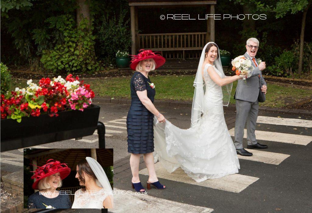 Wedding-storybook070-071