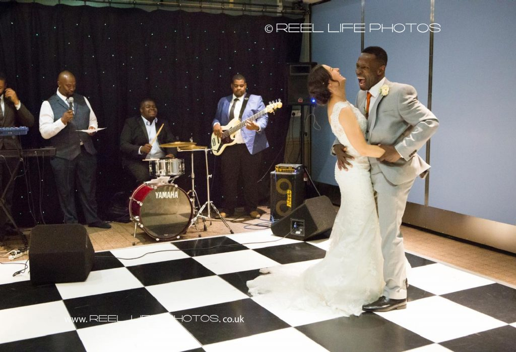 Wedding-storybook092-093