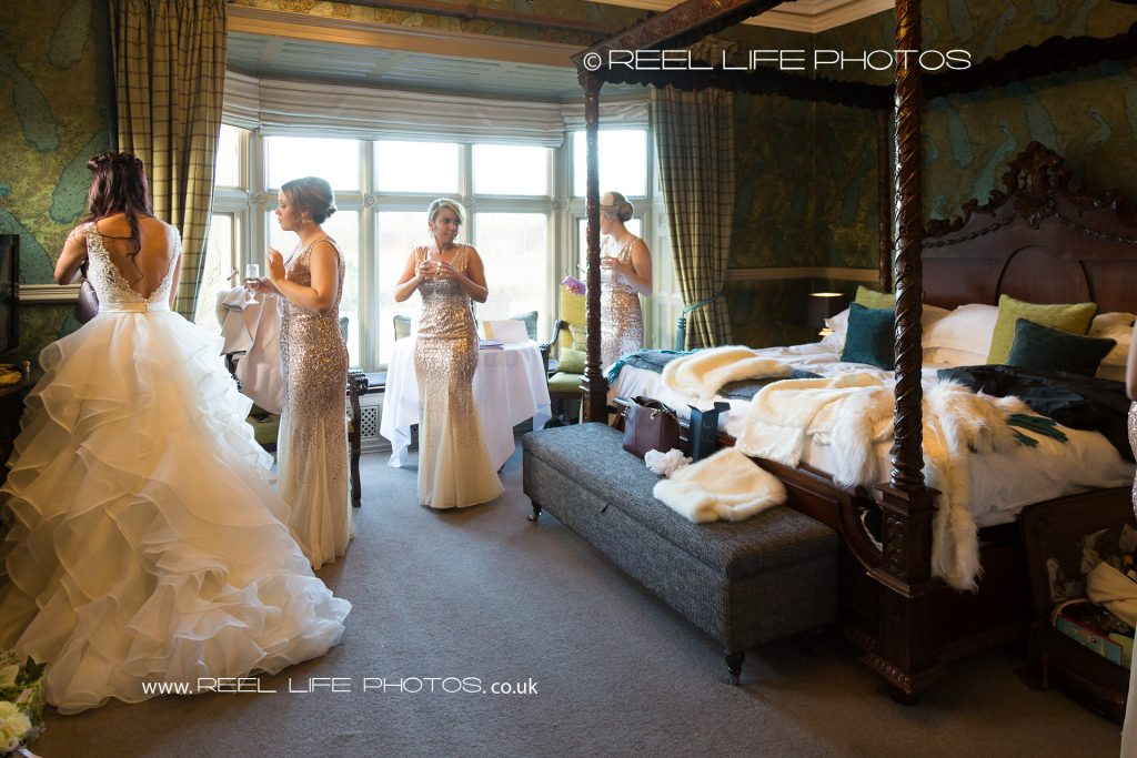 wedding pics in the bridal suite