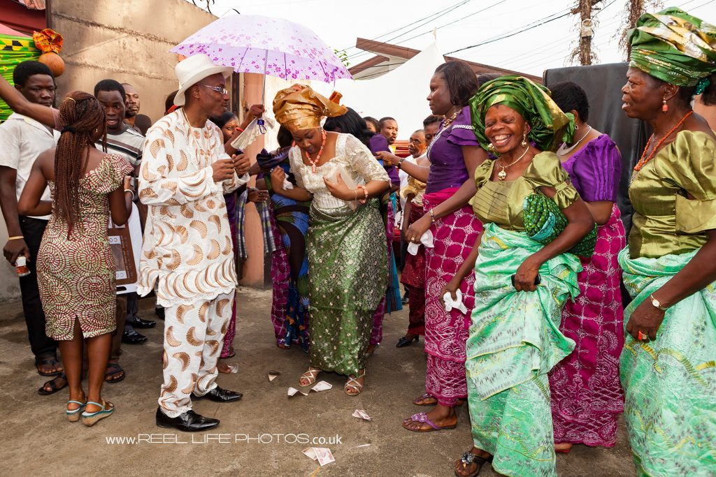 Traditional Nigerian wedding dance in Port Harcourt